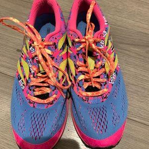 ASIC  gel running sneakers neon 7.5